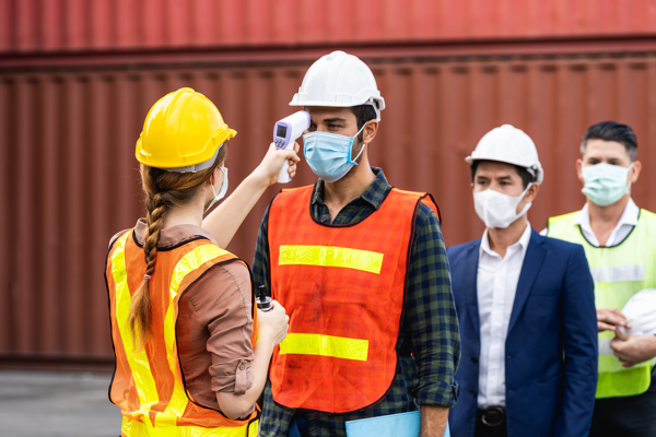 COVID-19 cosa fare se i lavoratori non vogliono vaccinarsi